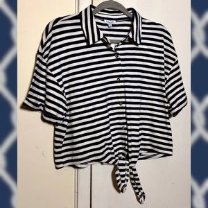 NWT Navy & White Striped Tie Front Top